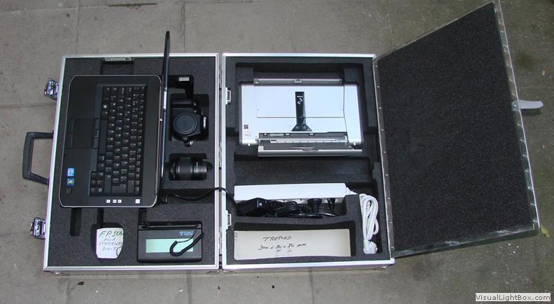 Valise et caisse en aluminium sur mesure valise metallique for Canisse sur mesure